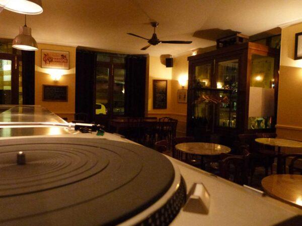 Le Zinc Wine Bar