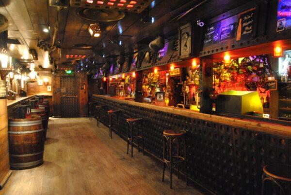 Les Berthom Bar
